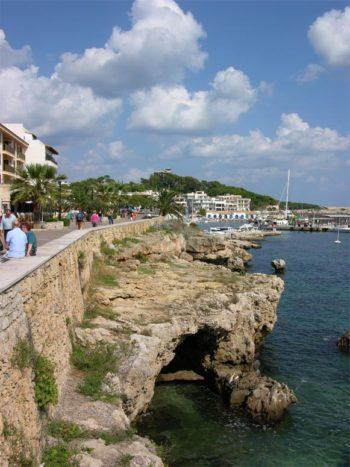 Die Promenade in Cala Ratjada